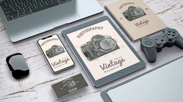 Briefpapiermodell mit weinlesephotographiekonzept Kostenlosen PSD