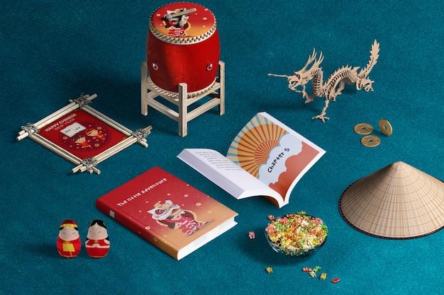 Chinesische dekoration und bücher des neuen jahres der hohen ansicht Kostenlosen PSD