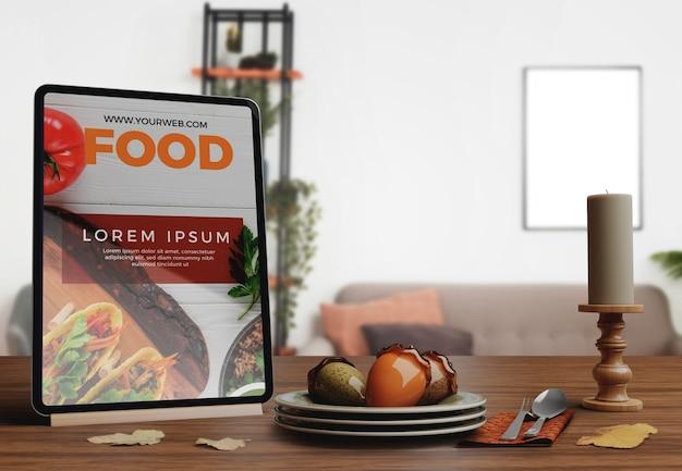 Dekorative arrangements für restaurant-arrangements zum erntedankfest Kostenlosen PSD