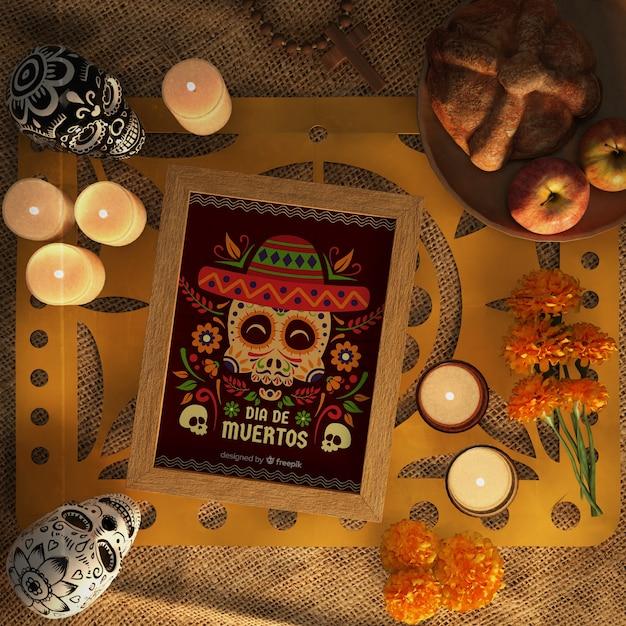 Dia de muertos rotes modell, umgeben von dekorativen elementen Kostenlosen PSD