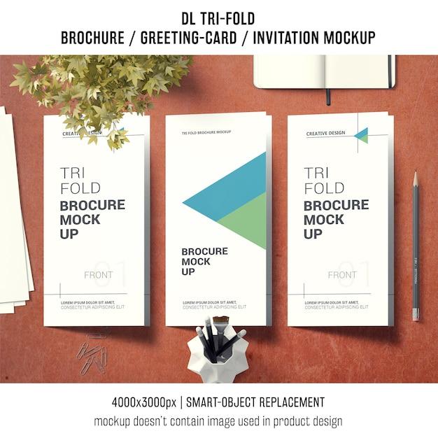 Dreifachgefaltetes broschüren- oder einladungsmodell mit stilllebenkonzept Kostenlosen PSD
