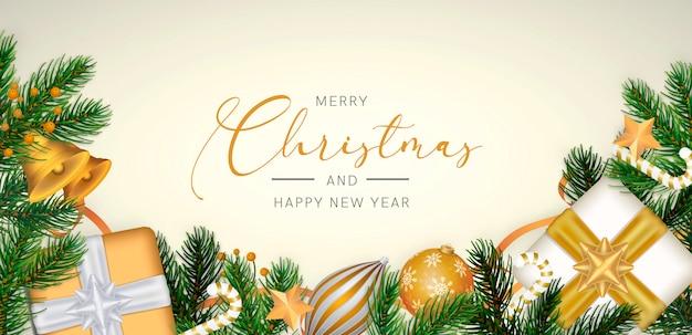Eleganter weihnachtshintergrund in der realistischen art mit goldener dekoration Kostenlosen PSD