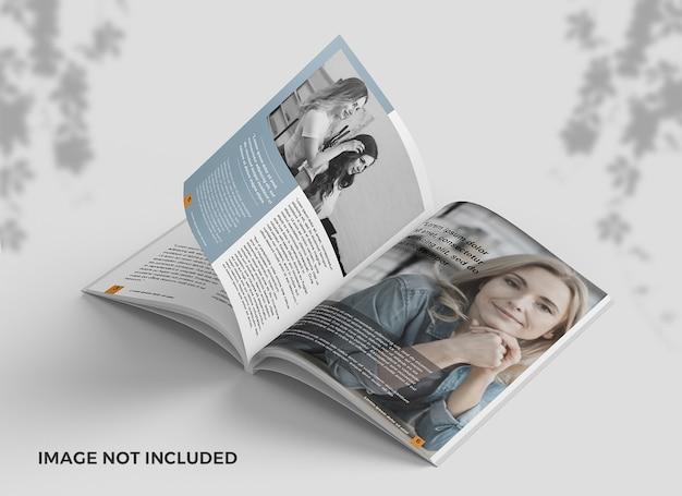 Elegantes geöffnetes magazin vom draufsichtmodell Premium PSD