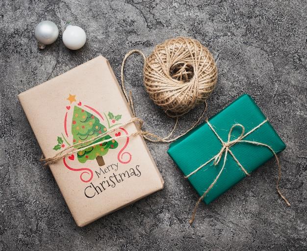 Flache lage des weihnachtskonzeptmodells Kostenlosen PSD