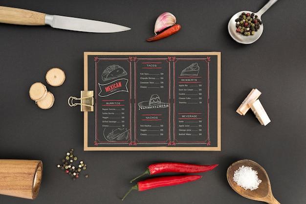 Food-menü-konzept-modell Kostenlosen PSD