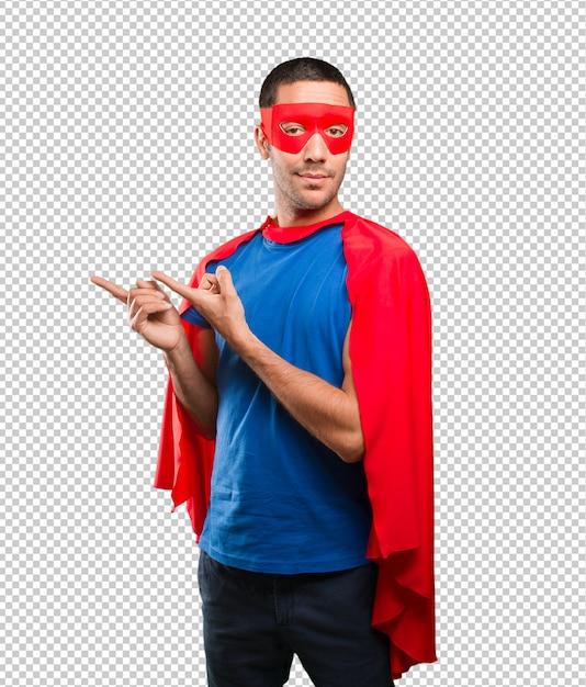 Glücklicher superheld mit showgeste Premium PSD