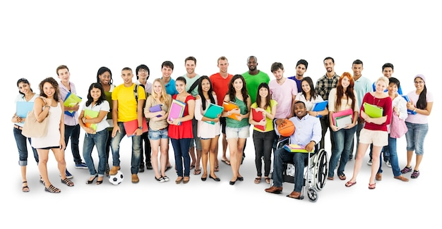 Gruppe verschiedene hochschulstudenten getrennt auf weiß Premium PSD