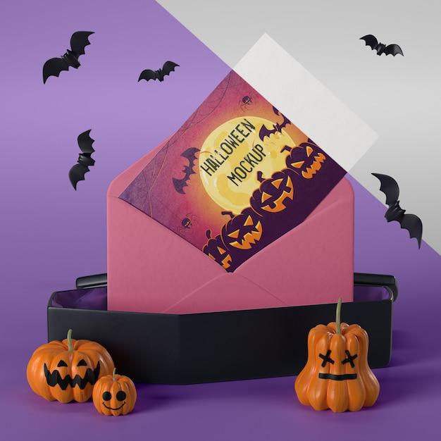 Halloween-kartenmodell im umschlag Kostenlosen PSD