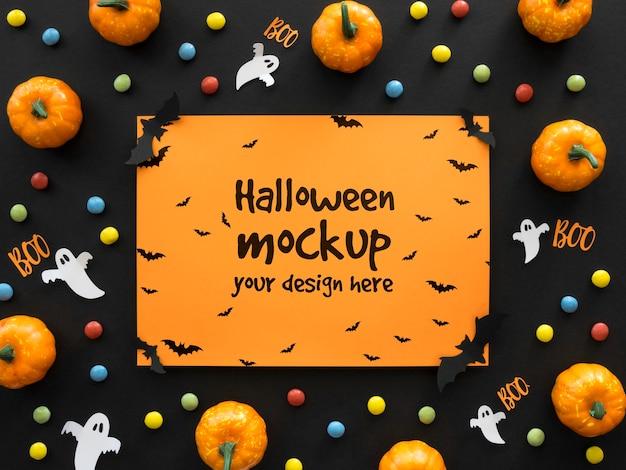 Halloween-modell mit papiergeist Kostenlosen PSD
