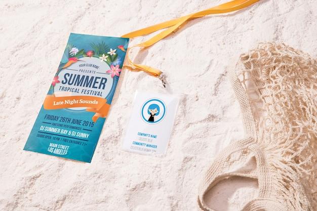 Hochsichtiges tropisches sommerfestival und strandtasche Kostenlosen PSD