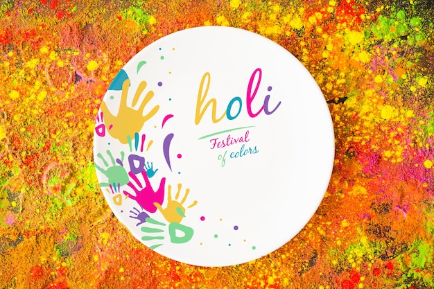 Holi-festivalmodell mit runder platte Kostenlosen PSD
