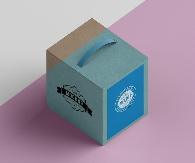 Karton mit isometrischem design Kostenlosen PSD
