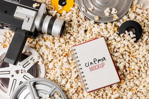 Kinorolle mit popcorn Kostenlosen PSD