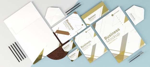 Kopieren sie platz verschiedene briefpapier büroartikel draufsicht Premium PSD