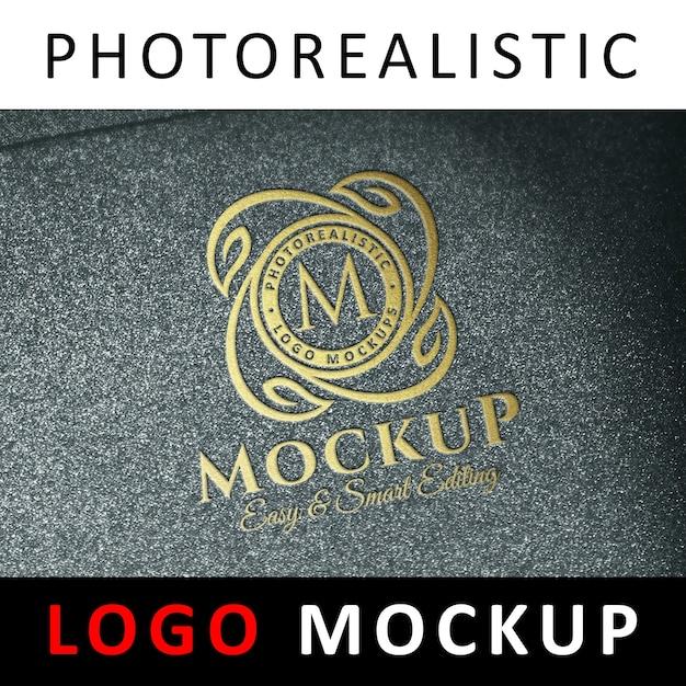 Logo mock up - geprägtes gold logo Premium PSD