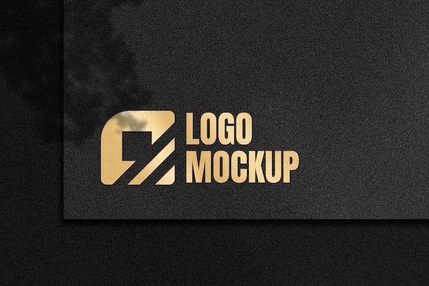 Logo-modell mit goldenem luxuseffekt Premium PSD
