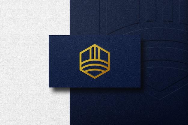 Luxus-logo-modell auf geschäftsauto Premium PSD