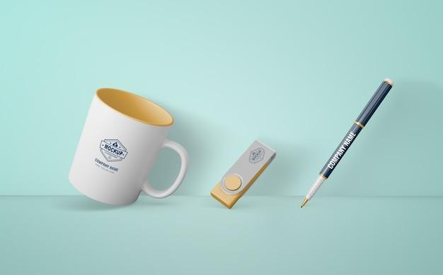 Merchandising-produkte mit firmenlogo Kostenlosen PSD