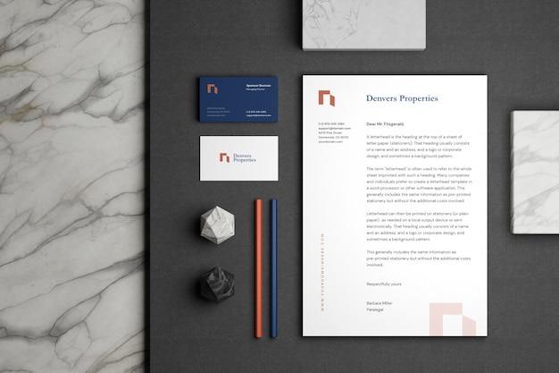 Minimales briefpapier-branding-modell Premium PSD