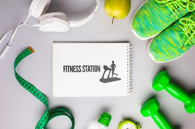 Mock-up mit fitnessgeräten Kostenlosen PSD