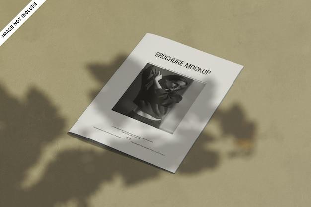 Moderne business-bi-fold-broschüre mit abstrakten formen Premium PSD