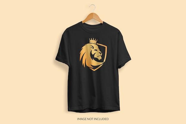 Nahaufnahme auf t-shirt modell isoliert Premium PSD