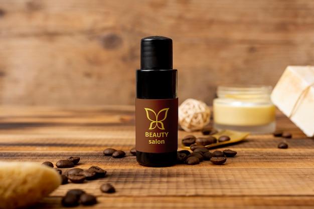Natürliches kosmetisches produkt der schönheit am badekurort Kostenlosen PSD