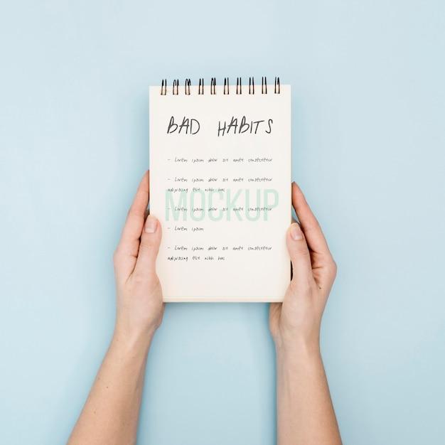 Notizbuch mit liste der schlechten gewohnheiten Kostenlosen PSD