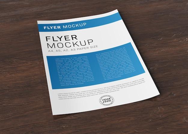 Papierblattflieger auf holzoberfläche modell Premium PSD