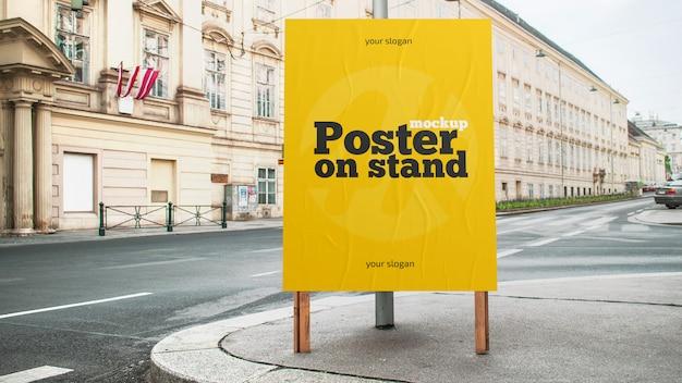 Plakat auf standmodell Premium PSD