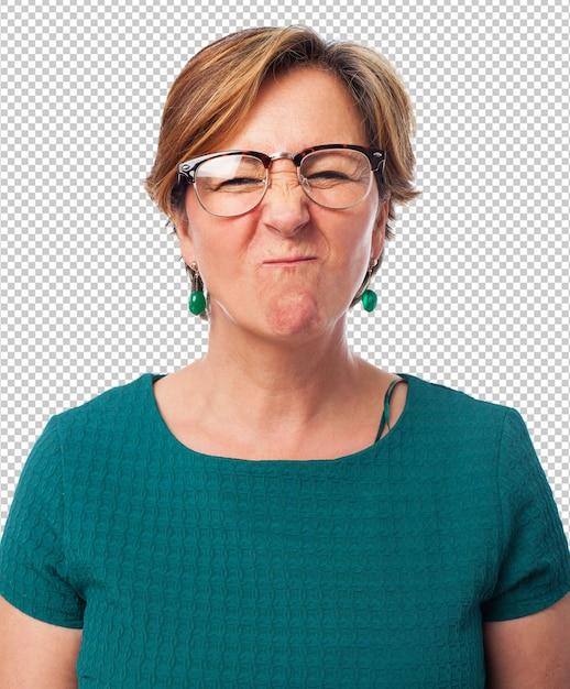 Porträt einer reifen frau, die eine lustige grimasse tut Premium PSD