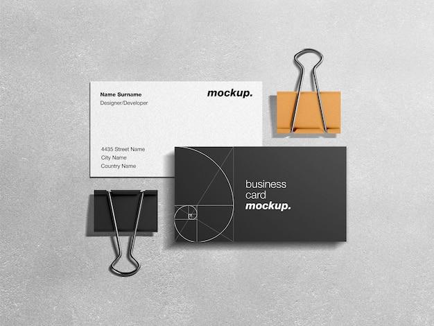 Professionelles corporate business identity-modell von visitenkarten mit papierblinden Premium PSD