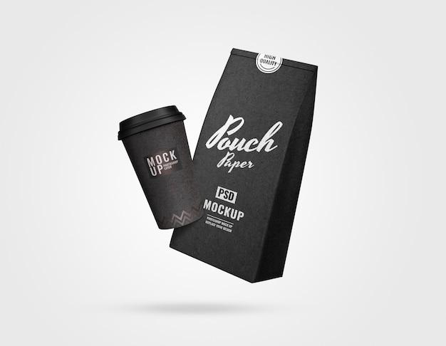 Schwarzer luxusbeutel und tasse kaffeemodell Premium PSD