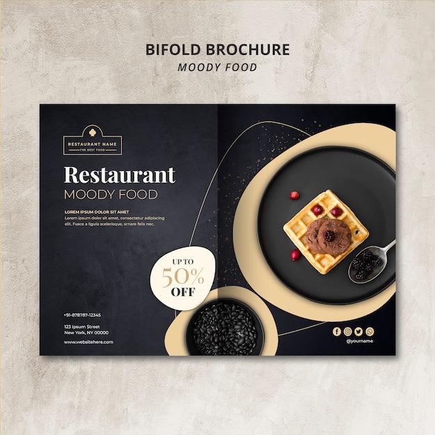Schwermütiges lebensmittelrestaurant-bifoldbroschüren-konzeptmodell Kostenlosen PSD