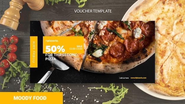 Schwermütiges restaurantlebensmittelgutschein-schablonenmodell Kostenlosen PSD