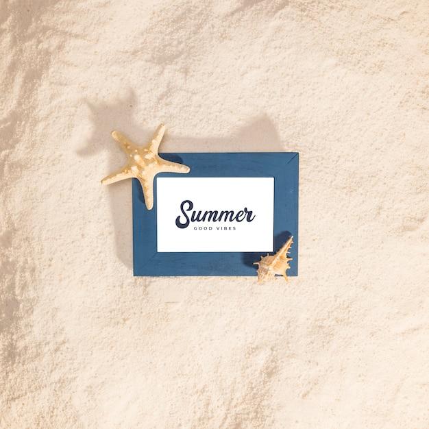 Sommermodell mit marineelementen Kostenlosen PSD
