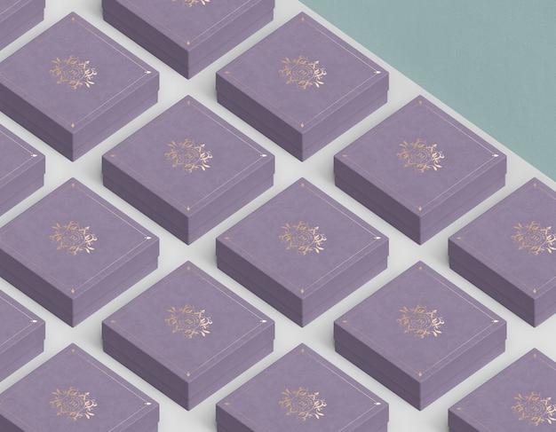 Spalten und reihen von geschlossenen geschenkboxen für schmuck Kostenlosen PSD