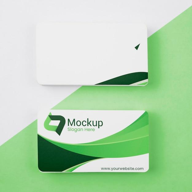 Stapel von grünen visitenkartenmodell des kopierraums Kostenlosen PSD