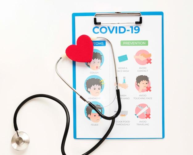 Stethoskop in der zwischenablage Kostenlosen PSD
