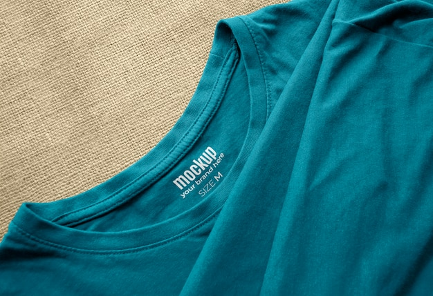 T-shirt interior printed label mockup Kostenlosen PSD