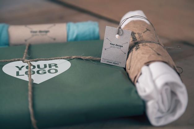 T-shirt papierverpackung und juteseilmodell Premium PSD