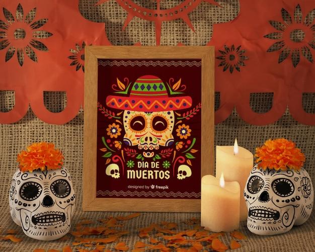 Tag der vorderansicht der toten traditionellen mexikanischen blumenschädel Kostenlosen PSD