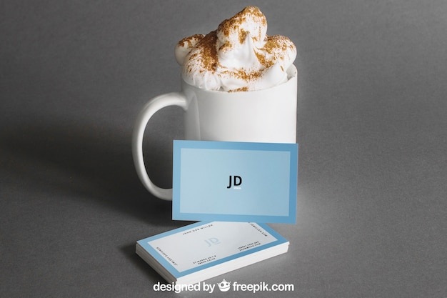 Visitenkartenmodell mit kaffee Kostenlosen PSD