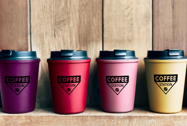 Wahl der wiederverwendbaren kaffeetassen-modelle Kostenlosen PSD