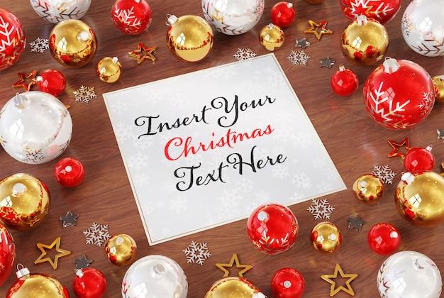 Weihnachtskarte auf holzoberfläche mit weihnachtsverzierungen modell Premium PSD