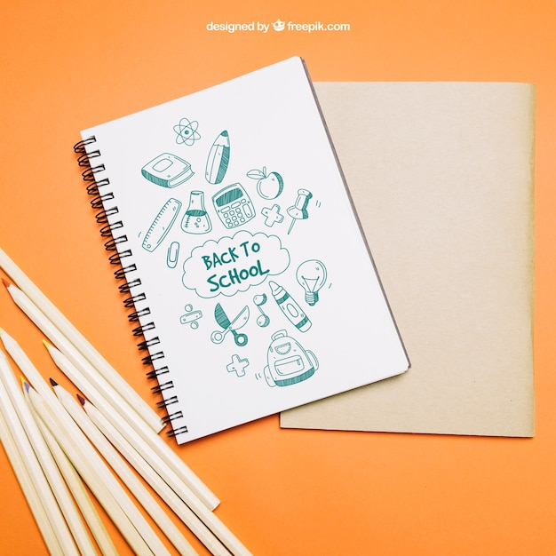 Zurück zur schulvorlage mit notebook Kostenlosen PSD