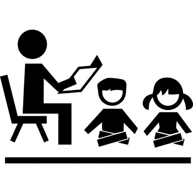 Profesor que se sienta en una silla leyendo para for Sillas para que coman los bebes