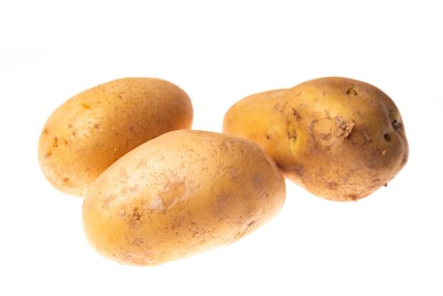 3 pommes de terre isolées Photo Premium