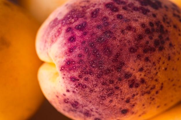 Abricot jaune et violet Photo gratuit
