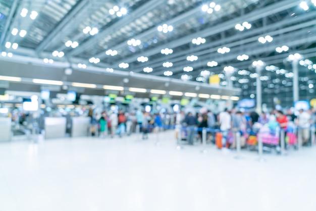 Abstrait Flou Et Défocalisé Intérieur De Terminal De L'aéroport Photo Premium
